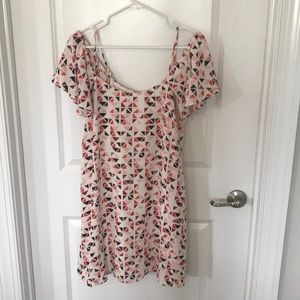Patterned pink dress with off the shoulder sleeves